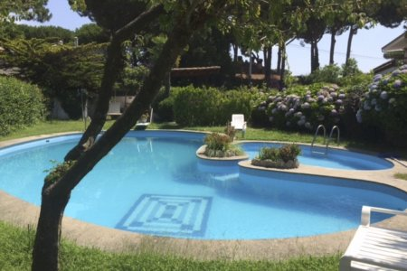 Anzio sale Beautiful villa with pool